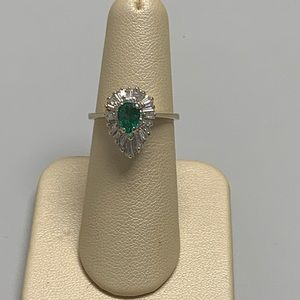 Jewelry - 18K White Gold Emerald and Diamond Ring Size 5 1/2